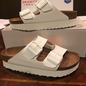 Papillio Arizona platform white 6 narrow new